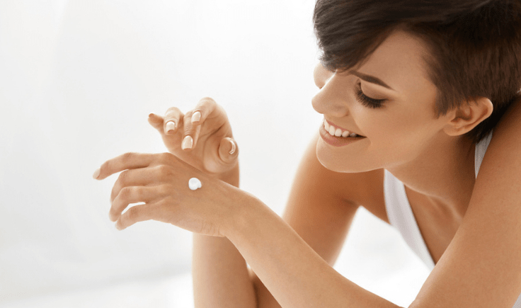 using a serum to make your hands look young and ageless