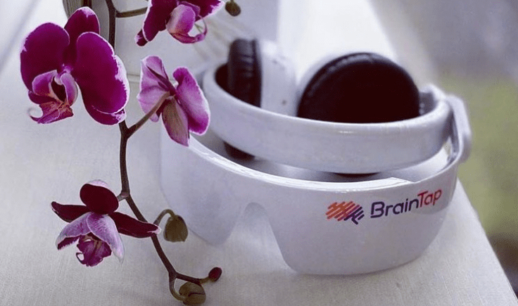 orchid and braintap headset